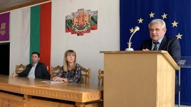 64 служители на ОД МВР-Ловеч с награди по повод празника на българската полиция