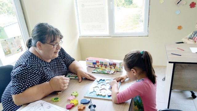 С една година удължават проект в помощ на деца с увреждания