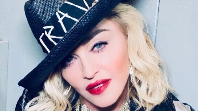 Мадона посреща рождения си ден с млад любовник на Карибите
