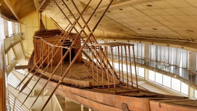 Реставрират втората Слънчева лодка на Хеопс пред посетителите на Големия египетски музей