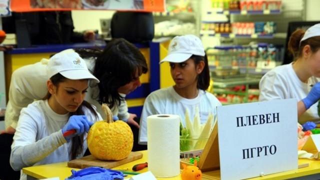 Ученици демонстрираха умения по карвинг