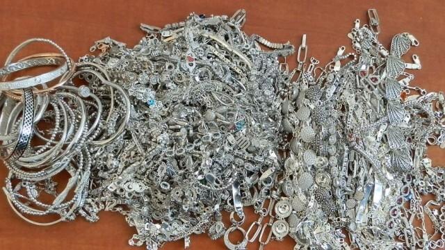 Контрабандно сребро за близо 55 000 лева откриха митничари