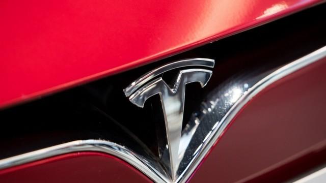Рекордни продажби на електромобили на Tesla през изминалото тримесечие