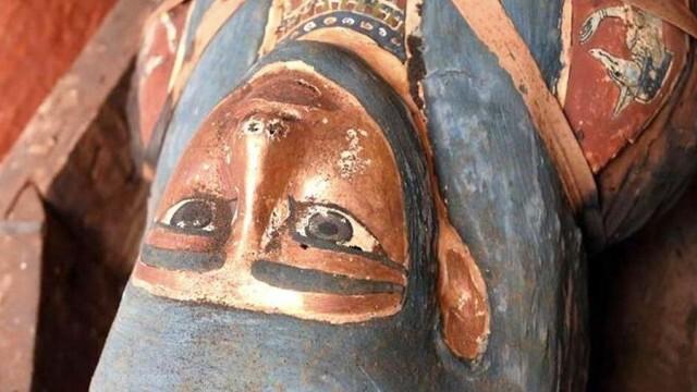 Нова колекция от запечатани саркофази на над 2500 години са открити в Египет