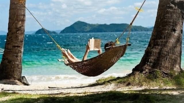 Лятото вдъхновява, четенето е полет и бунт!