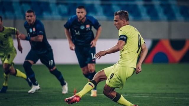 Covid-19: Чехия разпусна футболния си отбор!