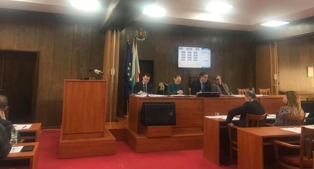 Повишиха заплатата на кмета на Русе