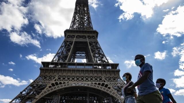Франция въведе извънредно положение! Парижани с вечерен час