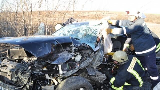 Тежка катастрофа затвори Е-80 край с. Върбица