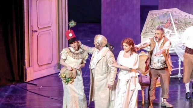 Комична опера отвежда зрителите в забавата и в социалната сатира