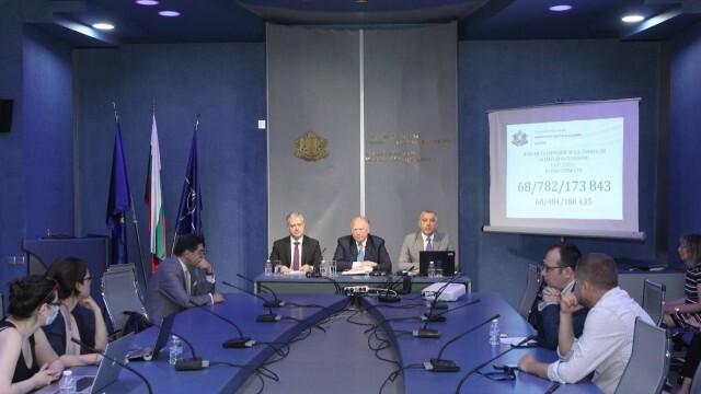 МВнР ще предложи българите в чужбина да гласуват по пощата с активна регистрация