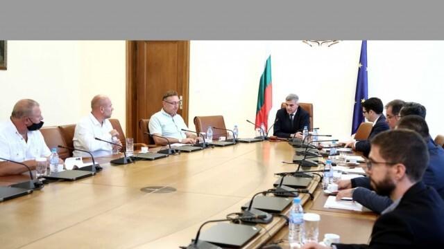 Земеделски производители обсъждаха в Министерския съвет ключови проблеми в бранша