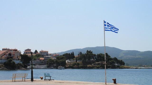 Гърция удължава срока на прилаганите временни ограничения и изисквания при пътуване