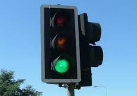 Подменят светофарни секции на възлово кръстовище в Плевен