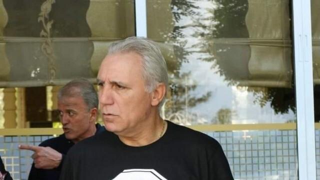 Христо Стоичков представя бранда си и черпи  с кулинарни изкушения
