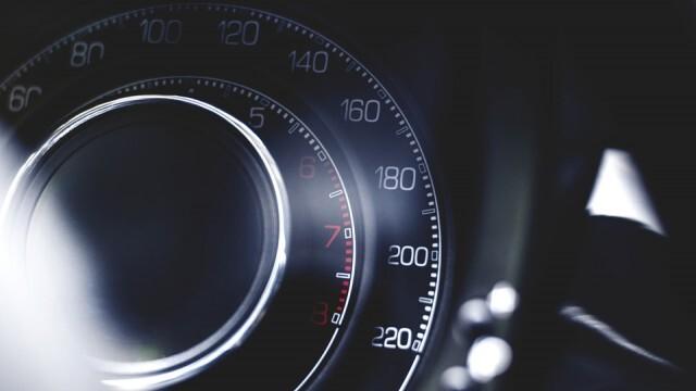 Пловдивчани счупиха скоростомера - двама караха в града с над 170 км/час
