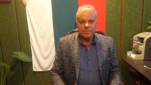 Цецо ЛУКАНОВ, кмет на село Брест, община Гулянци: Да сме готови за всичко, което ни предлага животът