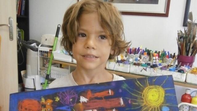 6-годишен плевенски художник с престижна награда от Индия (СНИМКИ)