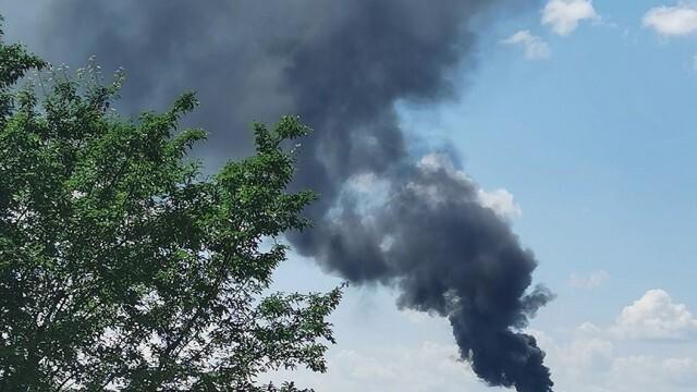 Стотици автомобили за скрап изгоряха в Калипетрово