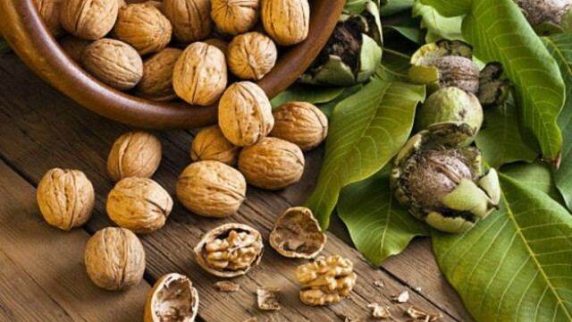 Учени: Орехите са по-полезни за сърцето, отколкото за мозъка