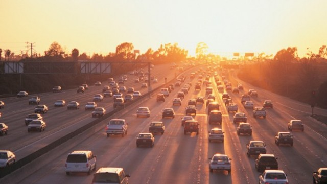 С 3% се вдигат екотаксите за старите коли, с 5 на сто падат за новите