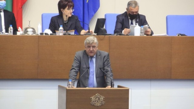 Мнозинството отхвърли предложението на БСП Борисов да говори в парламента за водната криза