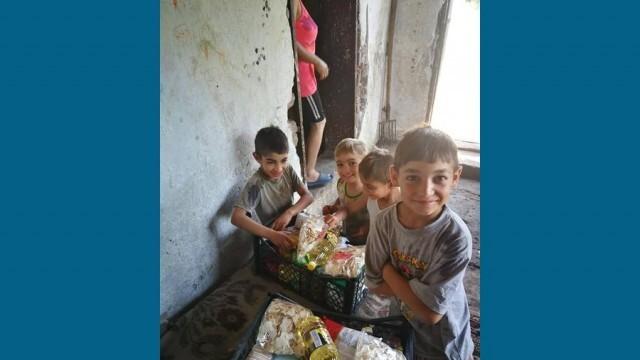 15 семейства в нужда от община Червен бряг получиха продукти от хора с големи сърца