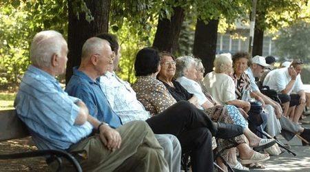 Русе: Питат в анкета как да се подобри животът на пенсионерите