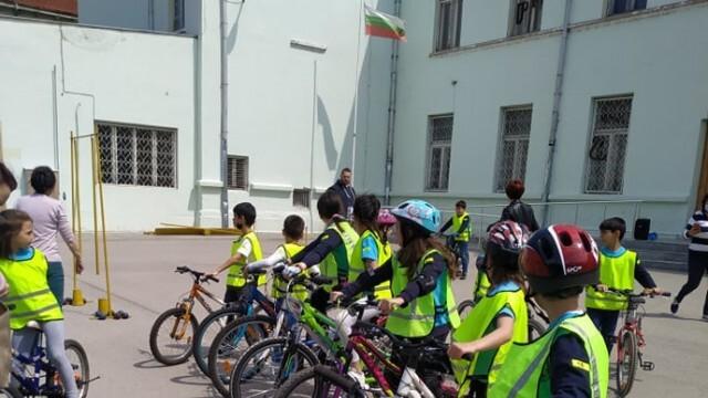 Първо общинско състезание по безопасност на движението в Русе