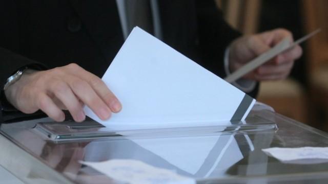 """Четири партии вкарват депутати  от Русе, """"Воля"""" е на кантар"""