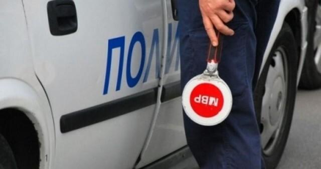 Трима пострадаха след като БМВ обърна по таван фиат на пътя Бяла -  Велико Търново