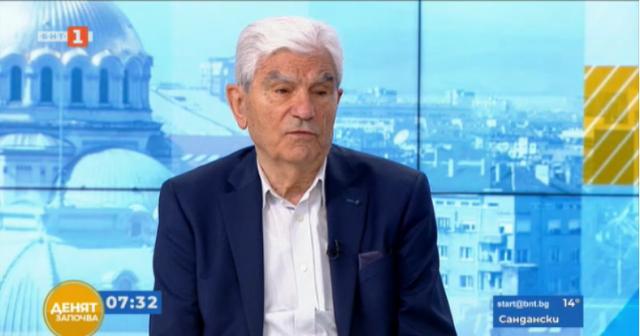 Акад. Петрунов: Не трябва да се бърза с третата доза ваксина