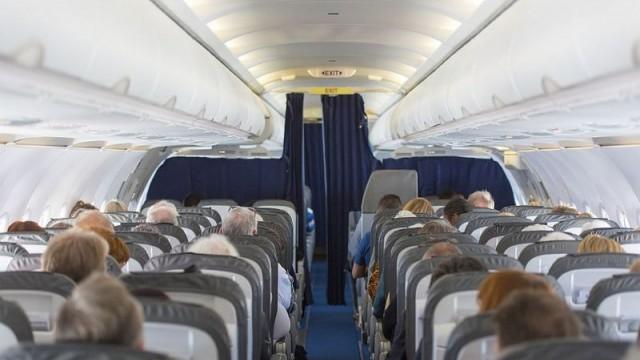 """Ще пътувате ли? """"Райънеър"""" ще отменя между 40 и 50 полета дневно"""