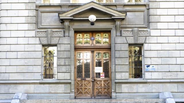 Държавническо мислене: Швейцария дава 10 милиарда франка, за да няма фалити