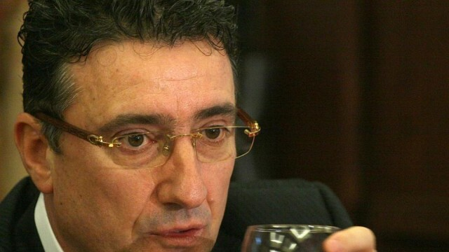 Ветко Арабаджиев е хванал и КОВИД-19, приет по спешност в реанимацията