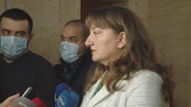 Сачева: Ако отворим програма за подпомагане бизнеса, ще е с европейски средства