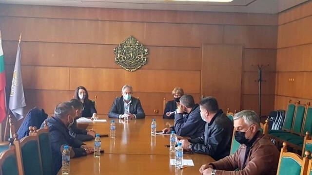 Три подвижни секционни комисии ще осигуряват гласуване за карантинирани граждани в община Плевен