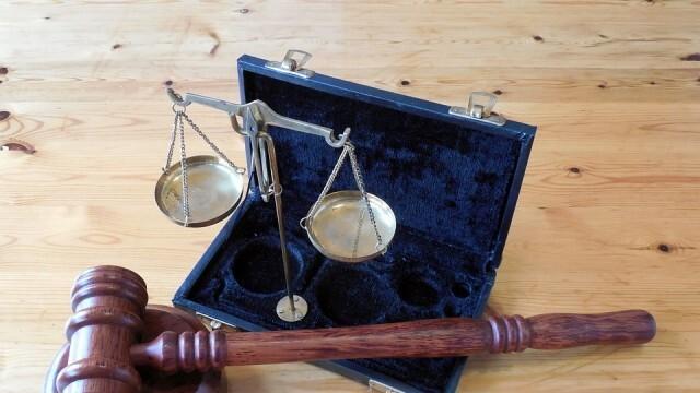 Окончателно съдът оправда майка на 10 деца - не ги е оставила без надзор