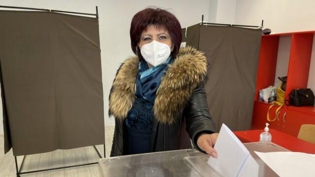 Цвета Караянчева: Гласувах за стабилност в управлението и надграждане на постигнатото