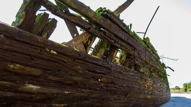 Откриха останки на римски кораб от времето на Христос с 6000 делви с вино