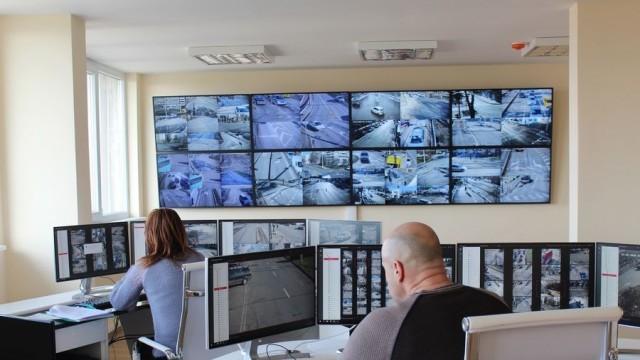 Камери на 30 кръстовища ще дебнат за нелегални таксита в Русе