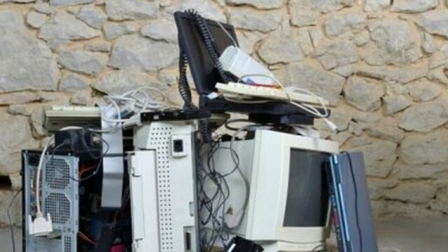 Мобилен екип ще събира старо електрическо и електронно оборудване в Плевен