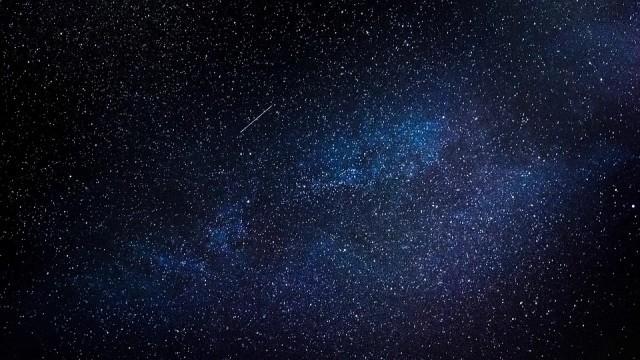 Метеорит се разби през нощта в небето над Ротерхам в Англия