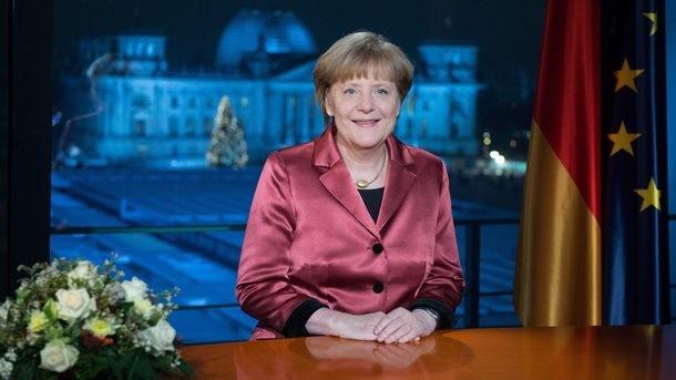 Ислямска държава заплаши Меркел лично, разстреля двама пленници в края на видеообръщението