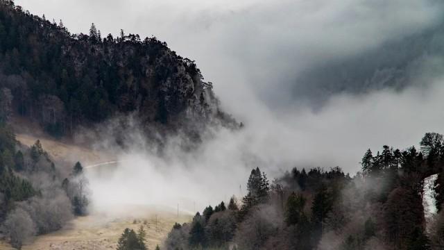 Денят ще бъде слънчев, мъглата ще се вдигне по обед