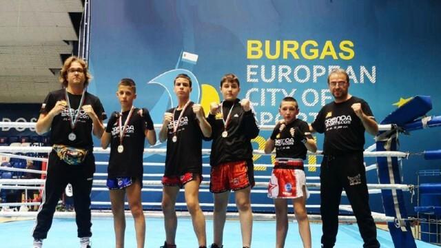 Медали за русенските кикбоксьори на държавното първенство
