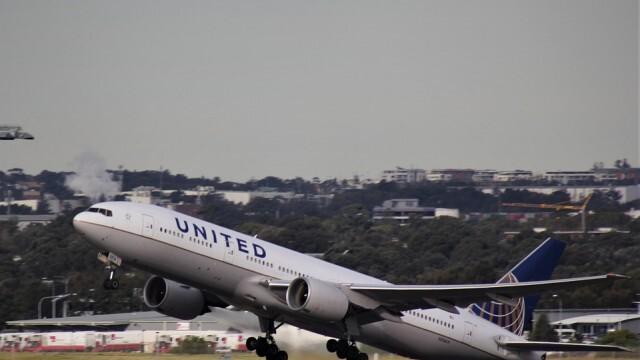 САЩ въвеждат задължителен тест за КОВИД-19 за всички пътници, пристигащи по въздуха