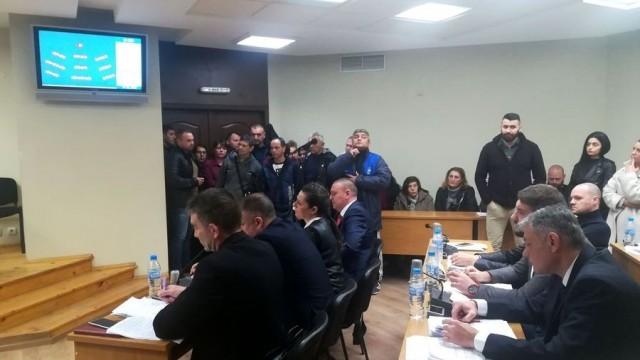 Общински съвет – Плевен измени решението си за отдаване под наем на части от общински имоти за павилиони