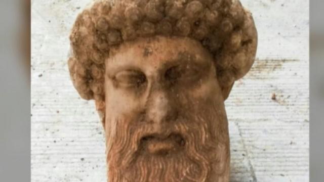 Откриха антична глава на бог Хермес от IV-III век пр. Хр. при разкопки за канализация
