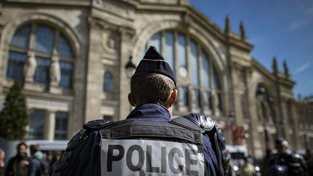 Евро 2016: 110 хиляди военни и полицаи мобилизирани да пазят